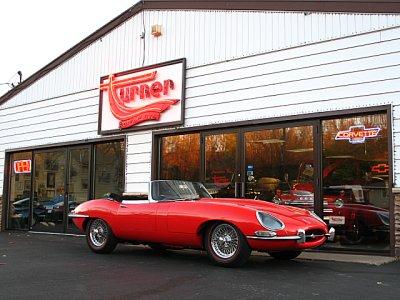 1964_Jaguar_Red_Vert_001_a1