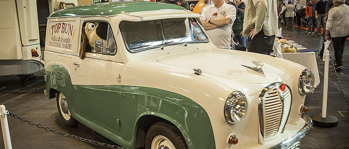 The Wallace And Gromit Austin A35 Breadvan Classic Proof